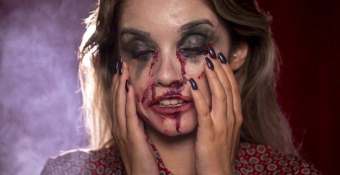 Comment se faire un maquillage vampire pour Halloween ?
